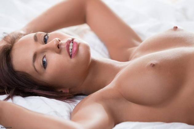 Victoria Lynn   X Art
